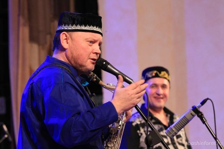 саксофонист Олег Киреев